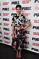 anne hathaway steps out to celebrate the public theaters opening night 03