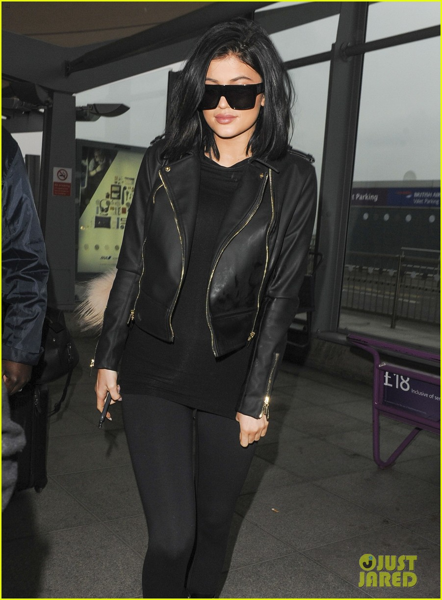 4e0fd2ad88e Full Sized Photo of kylie jenner leaves london kuwtk premiere 11 ...