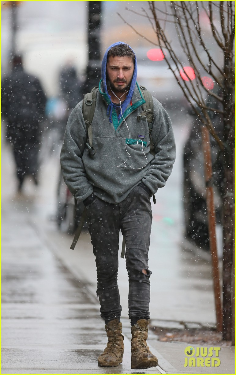 shia labeouf livestreamed heart for latest art project 16