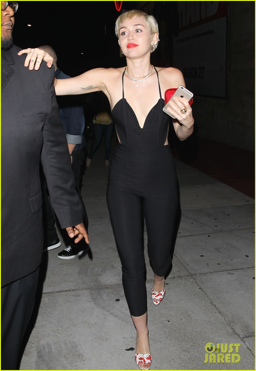 miley cyrus steps out after patrick schwarzenegger photos emerge 13