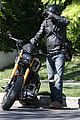 keanu reeves motorcycle ride after acting class 09