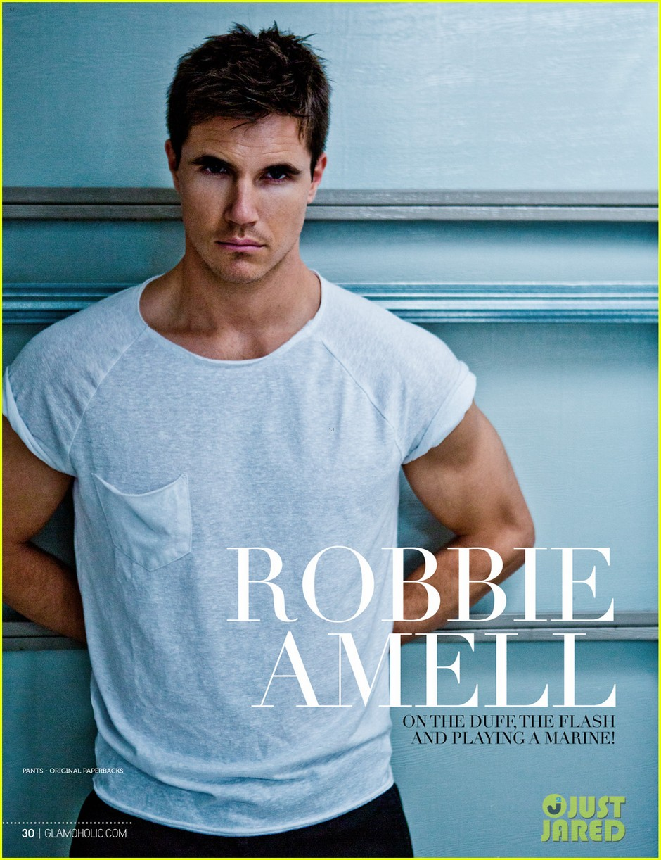 Robbie Amell Beach Robbie Amell Shows Off