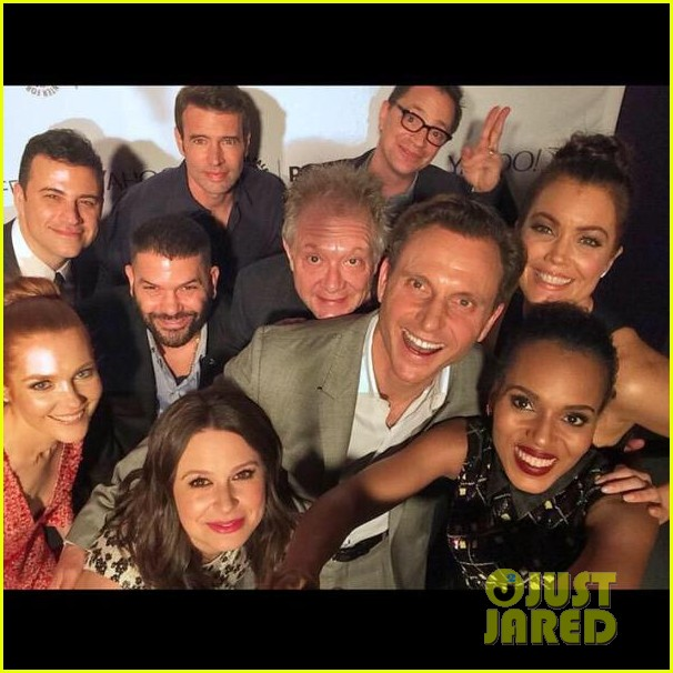Full Sized Photo of scandal cast epic selfie at paleyfest 06