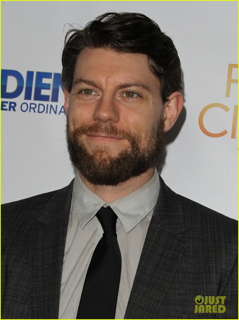 brittany snow patrick fugit reunite with full circle cast 15