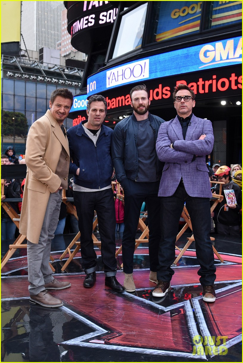 http://cdn02.cdn.justjared.com/wp-content/uploads/2015/04/avengers-gma/the-avengers-assemble-while-the-movie-breaks-records-02.jpg