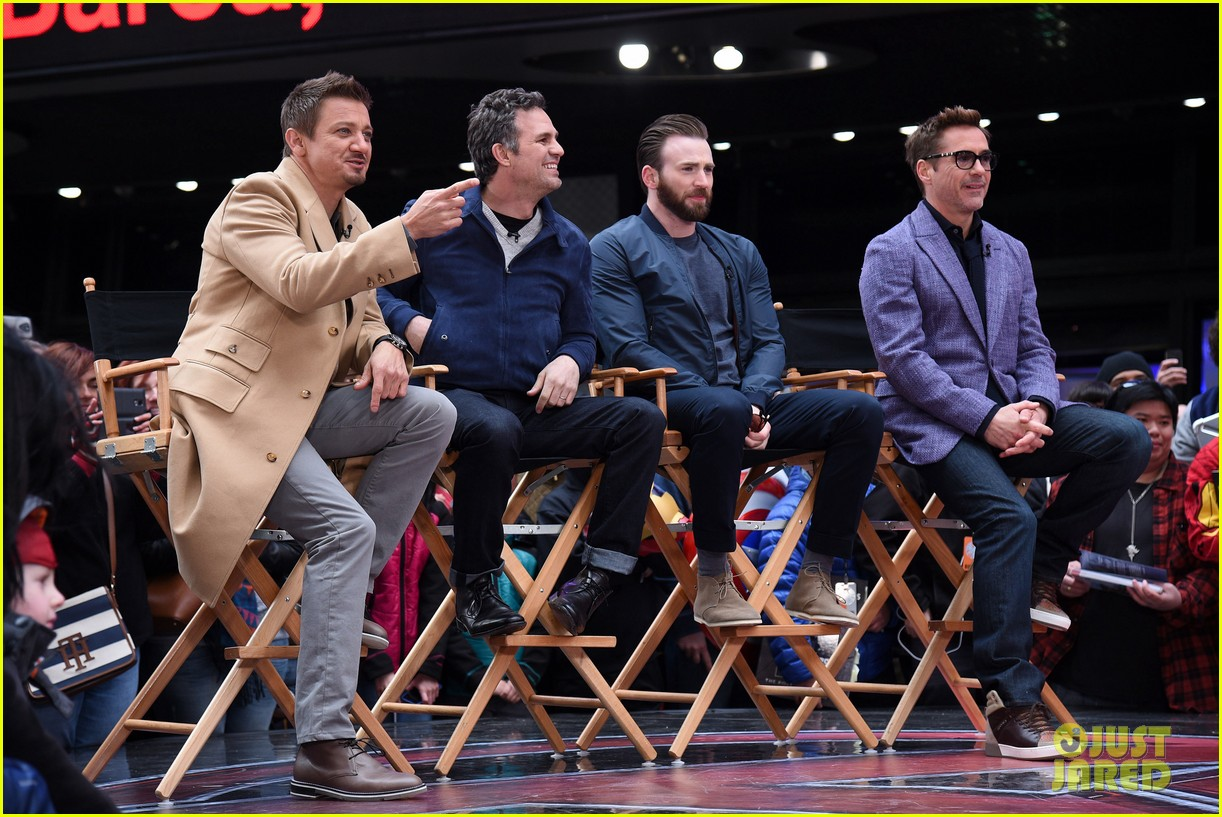 http://cdn02.cdn.justjared.com/wp-content/uploads/2015/04/avengers-gma/the-avengers-assemble-while-the-movie-breaks-records-13.jpg