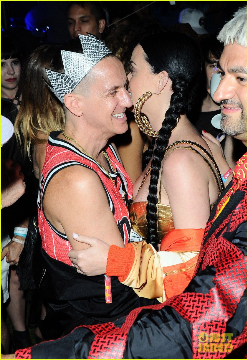 Robert Pattinson Parties With Katy Perry At Gig In New York
