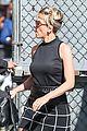 scarlett johnansson elizabeth olsen glam up for avengers premiere 19
