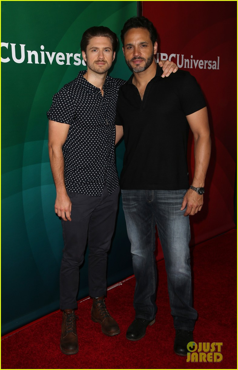 aaron tveit daniel sunjata more make it a stud fest at nbc 04