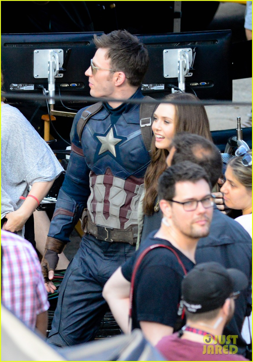 Franchise Marvel/Disney #3 Captain-america-civil-war-cast-had-great-time-on-set-13
