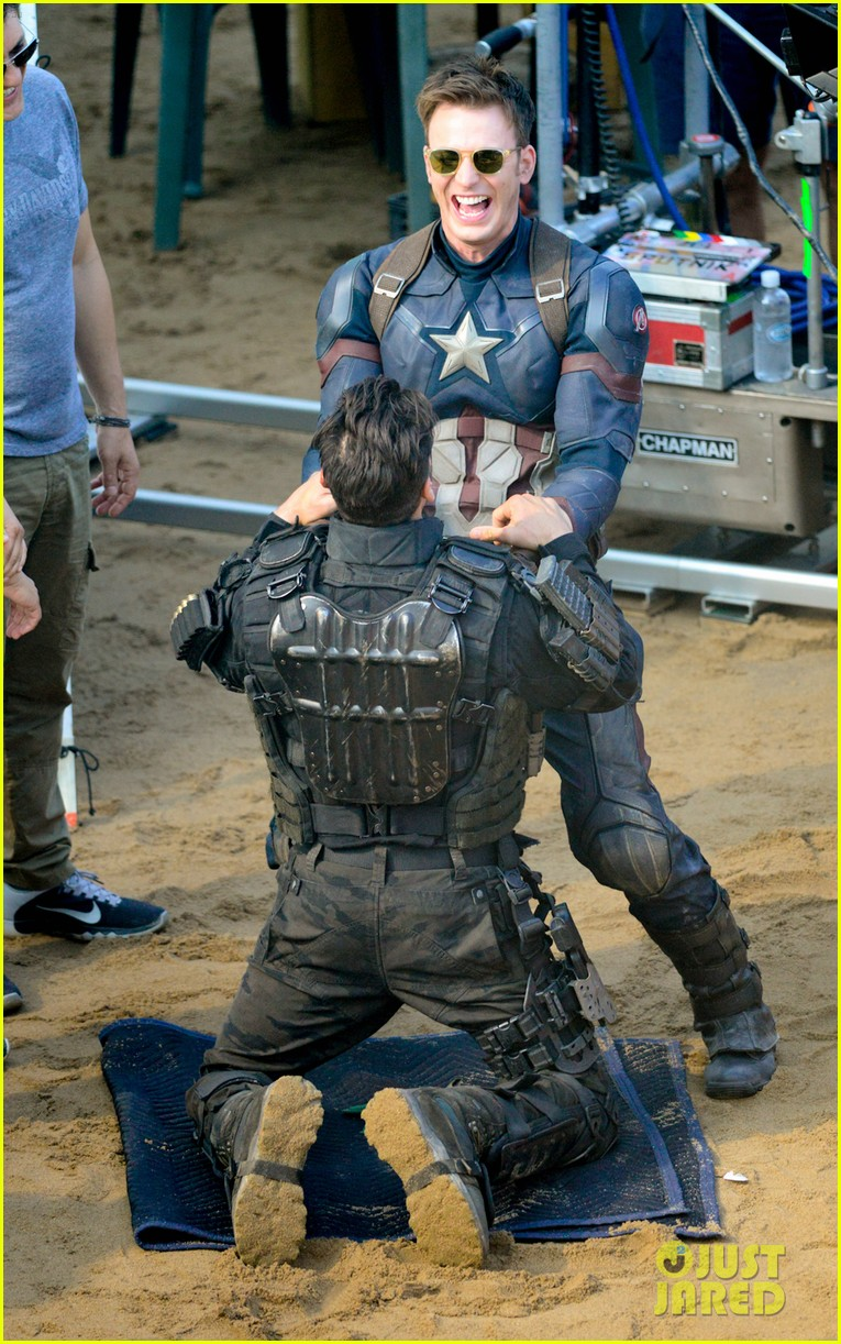 Franchise Marvel/Disney #3 Captain-america-civil-war-cast-had-great-time-on-set-29