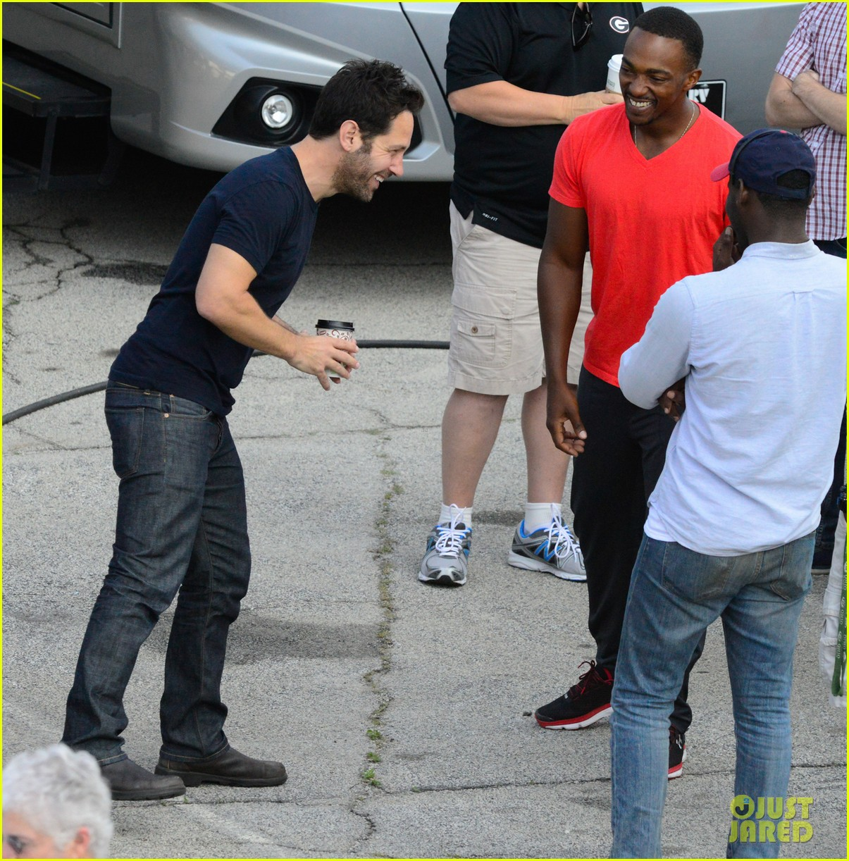Franchise Marvel/Disney #3 Captain-america-civil-war-cast-had-great-time-on-set-40