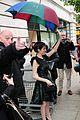 anna kendrick green dress bbc radio visit 02