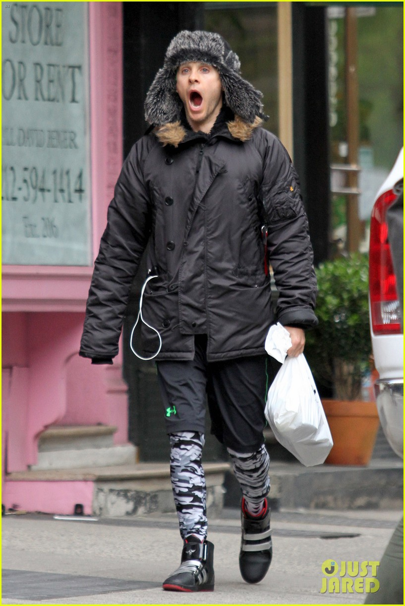Full Sized Photo of jared leto yawns away in nyc 07 ... Jared Leto 2017