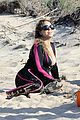 mariah carey flaunts cleavage on vacation 03