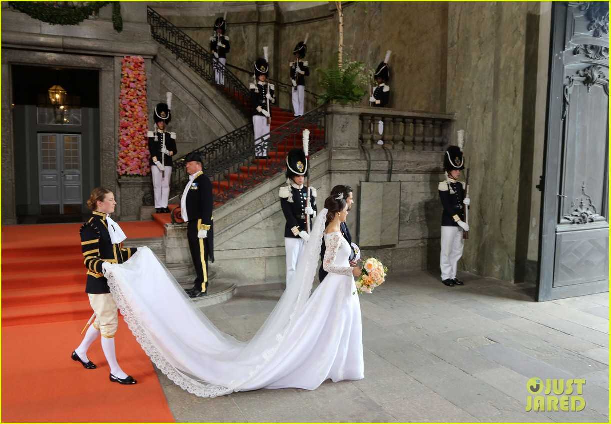 prince carl philip sofia hellqvist wedding 05