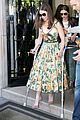 emilia clarke poses without crutches at terminator paris photo call 19