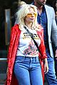 lady gaga flaunts concave tummy not that thin 04