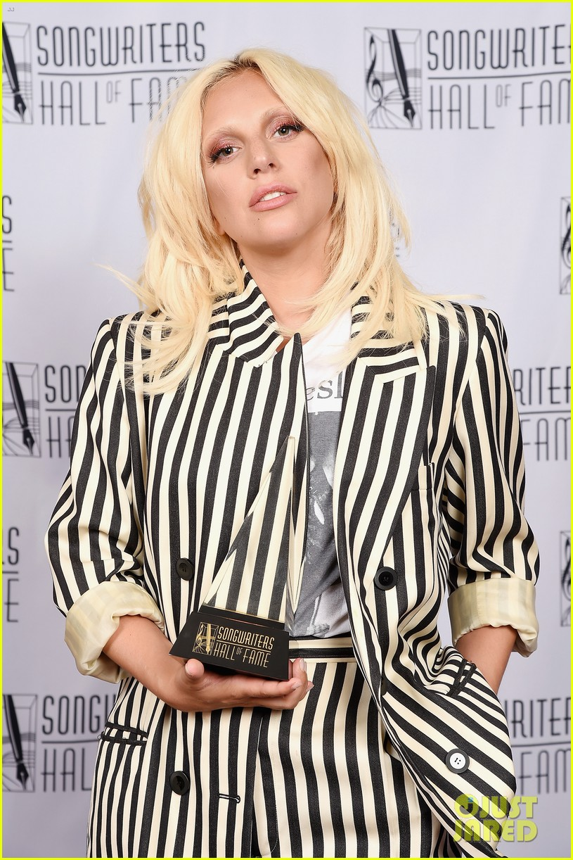 lady gaga channels beetlejuice in striped suit after accepting icon 05