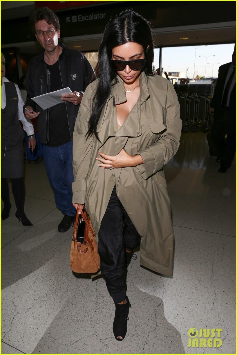 kim kardashian lets it all hang out following baby boy news 273399938