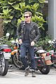 ewan mcgregor jets to london ahead of edinburgh festival 07