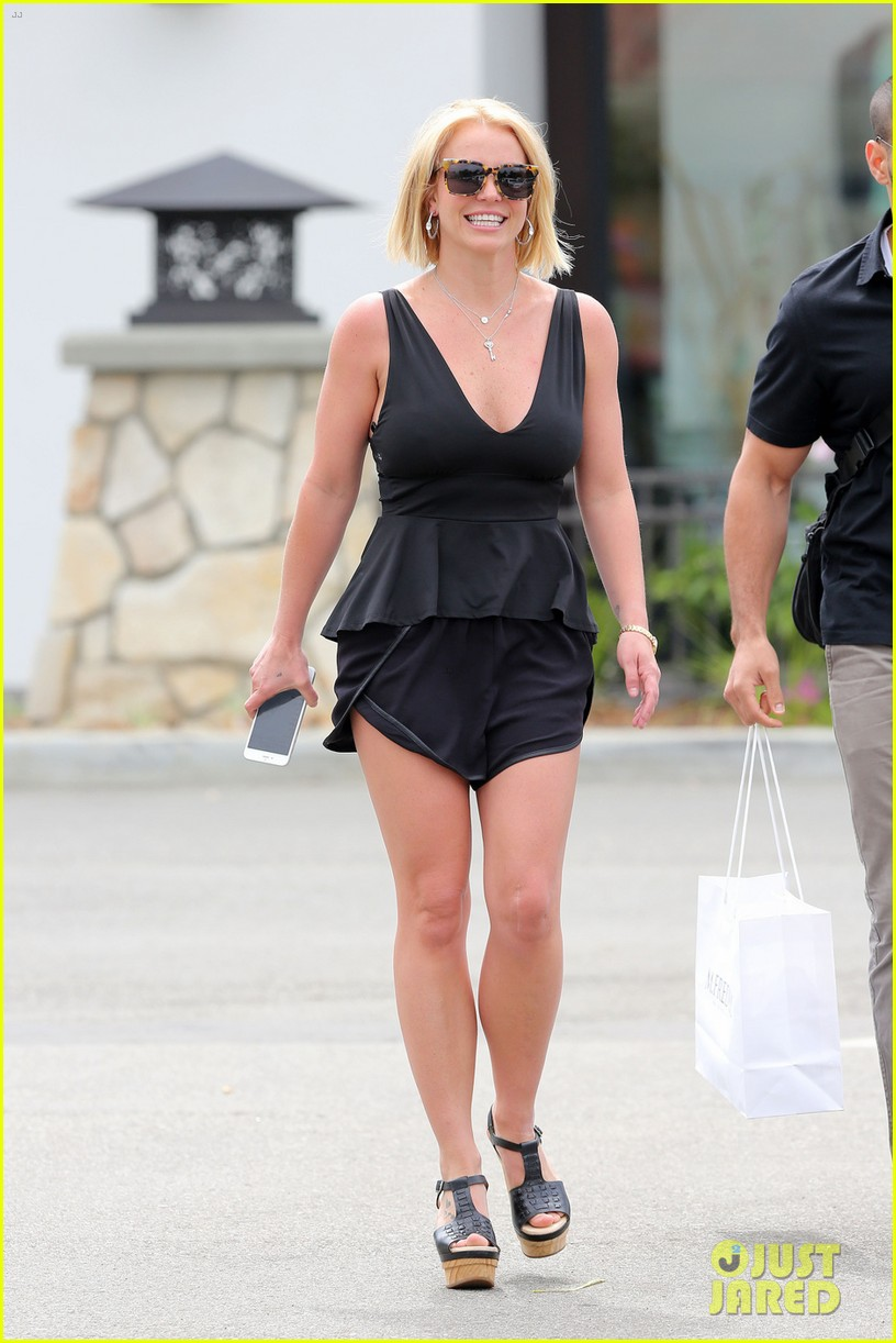 britney spears debut perfect summer lob haircut 05