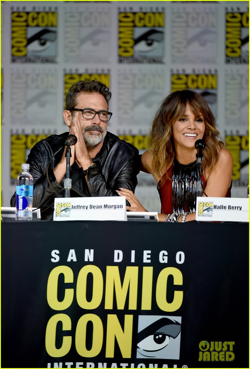 http://cdn02.cdn.justjared.com/wp-content/uploads/2015/07/berry-storm/halle-berry-wants-to-play-storm-in-standalone-movie-06.jpg