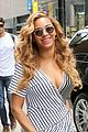 beyonce curve hugging dress nyc 04