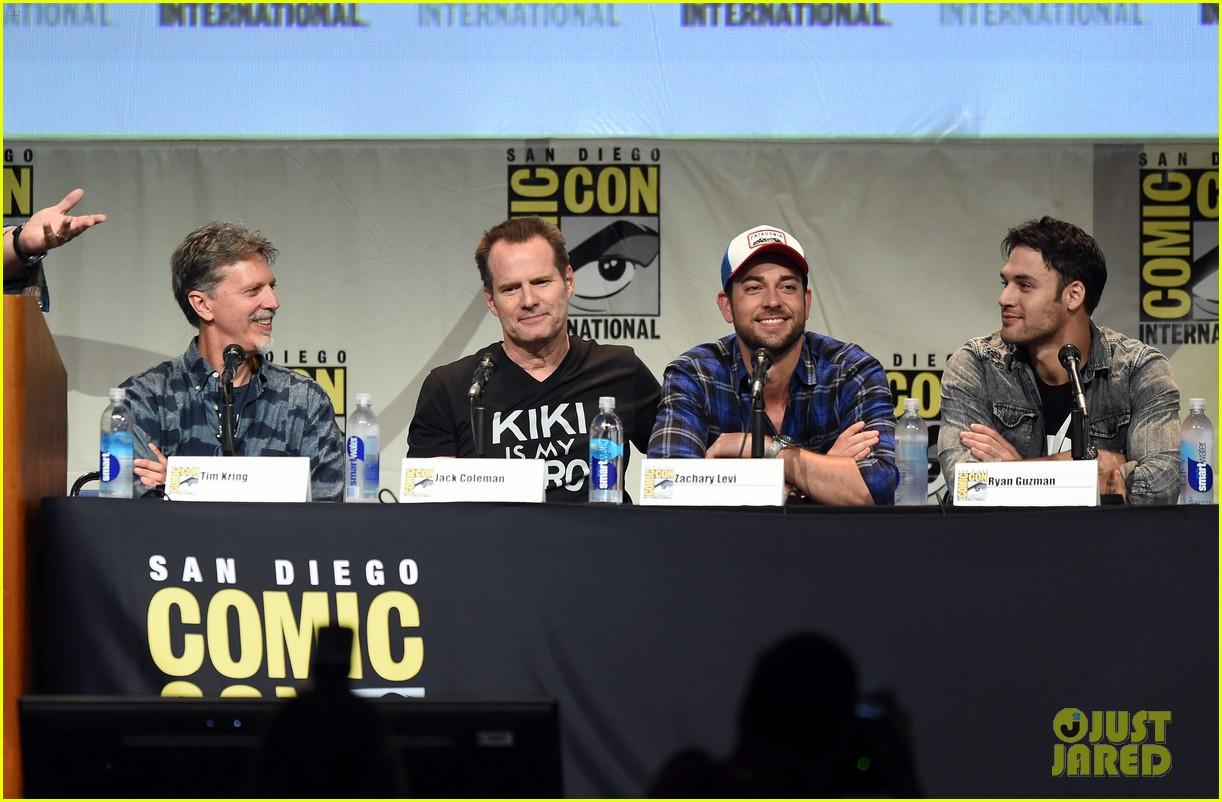 heroes reborn comic con 2015 trailer debuts 073414681