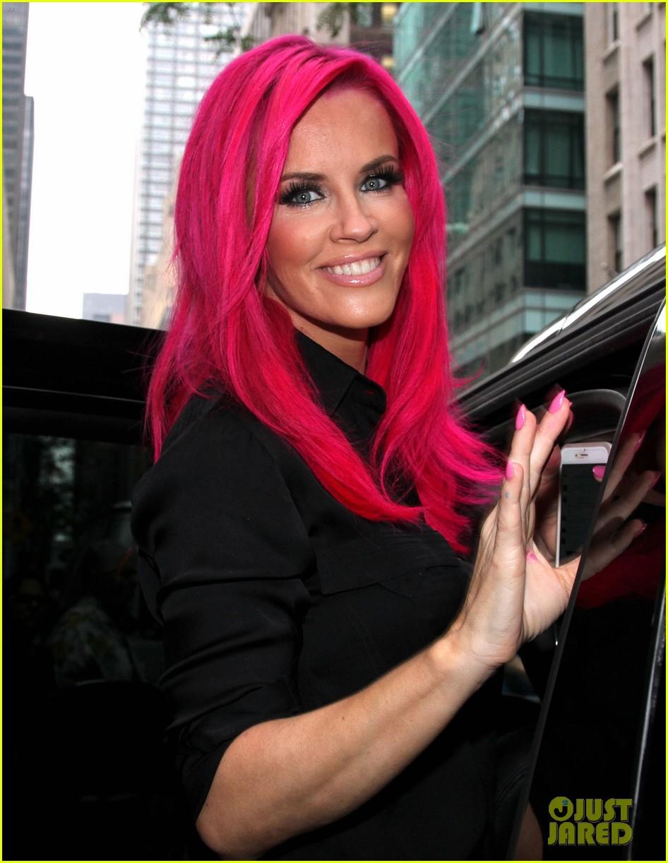 Jenny McCarthy Pink Hair