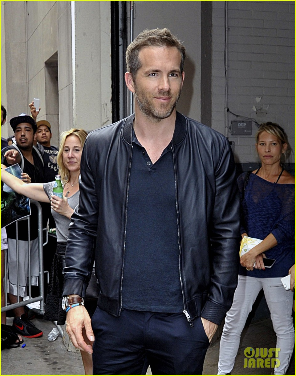 ryan reynolds reveals why he doesnt brag about james 09