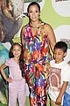 uma thurman hosts the launch of dino tales 14