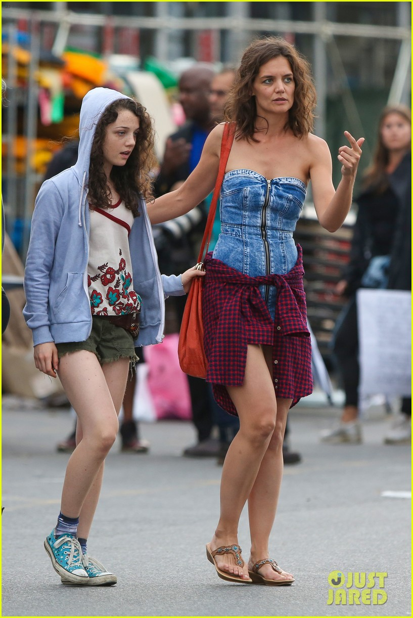 Full Sized Photo of katie holmes all we had denim dress 02 ...