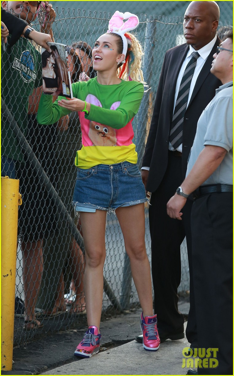 Miley Cyrus Photo #1120722 [1871x3000