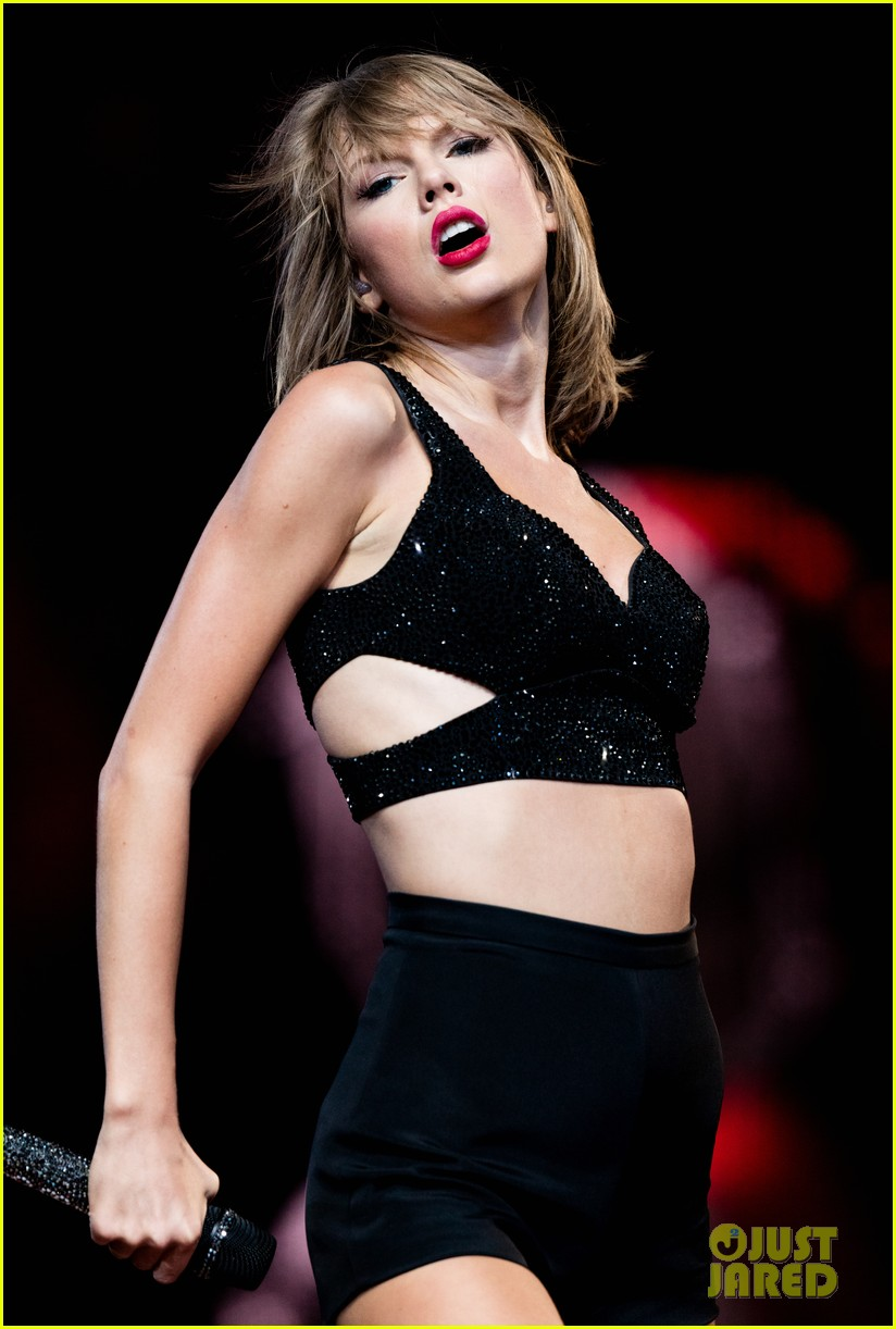 taylor swift kobe bryant ryan tedder gigi joe staples center concert night one 083443580