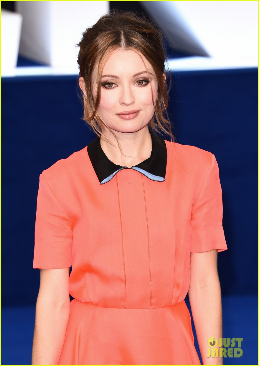 emily browning legend premiere london 223452700