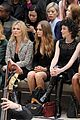 cara delevingne girlfriend st vincent burberry london 18