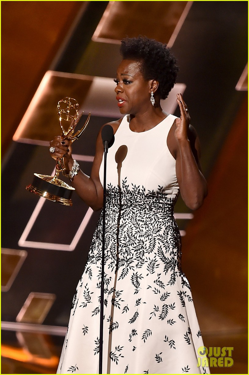 Emmys 2015: Viola Davis Makes History As The First African American To Win Outstanding Leading Actress