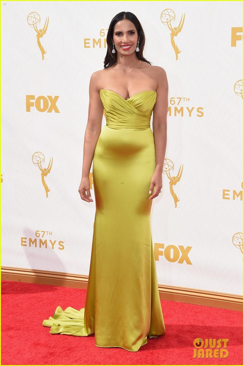 Full Sized Photo of jane lynch padma lakshmi 2015 emmys 17 ... Emmy Awards 2017