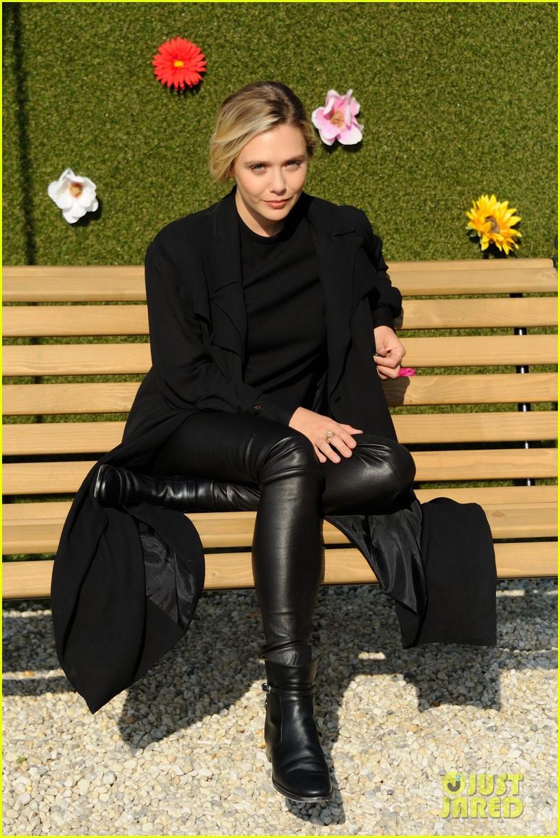 Elizabeth Olsen Walks ...