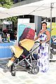 robin thicke selma blair bring their kids to car seat safety 17