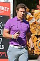 mark wahlberg puts a pop of color on his wardrobe 09