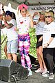 miley cyrus is charitable queen at l a county walk to defeat als 17