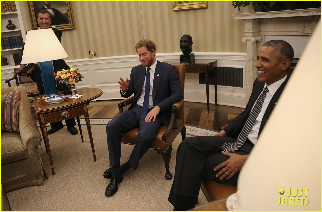 barak obama oval office golds. Prince Harry Meets With President Obama In The Oval Office: Photo 3494110 | Barack Obama, Pictures Just Jared Barak Office Golds