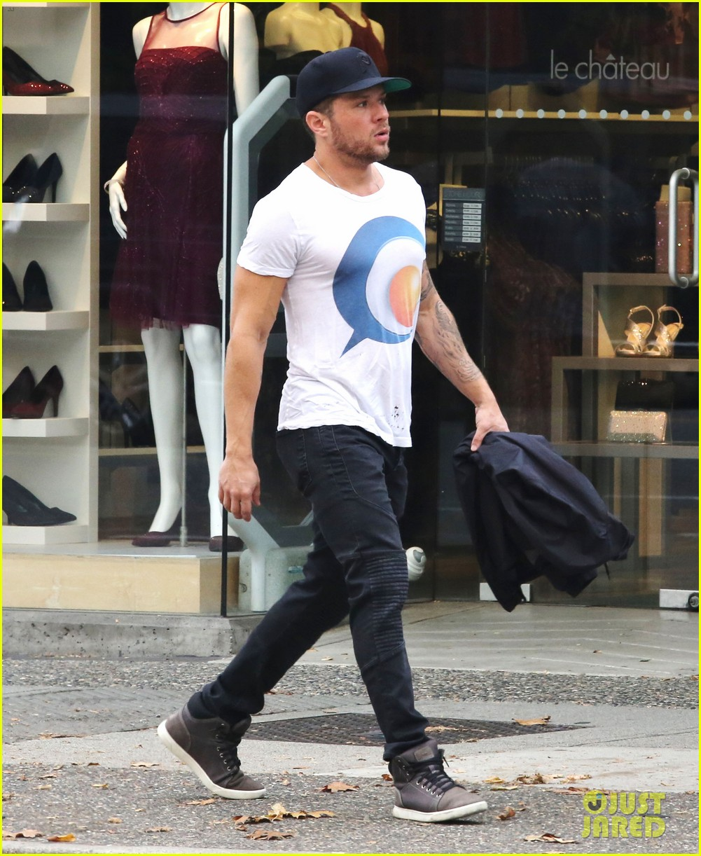 Ryan Phillippe Shares Cool Video from 'Shooter' TV Show ... Ryan Phillippe Series