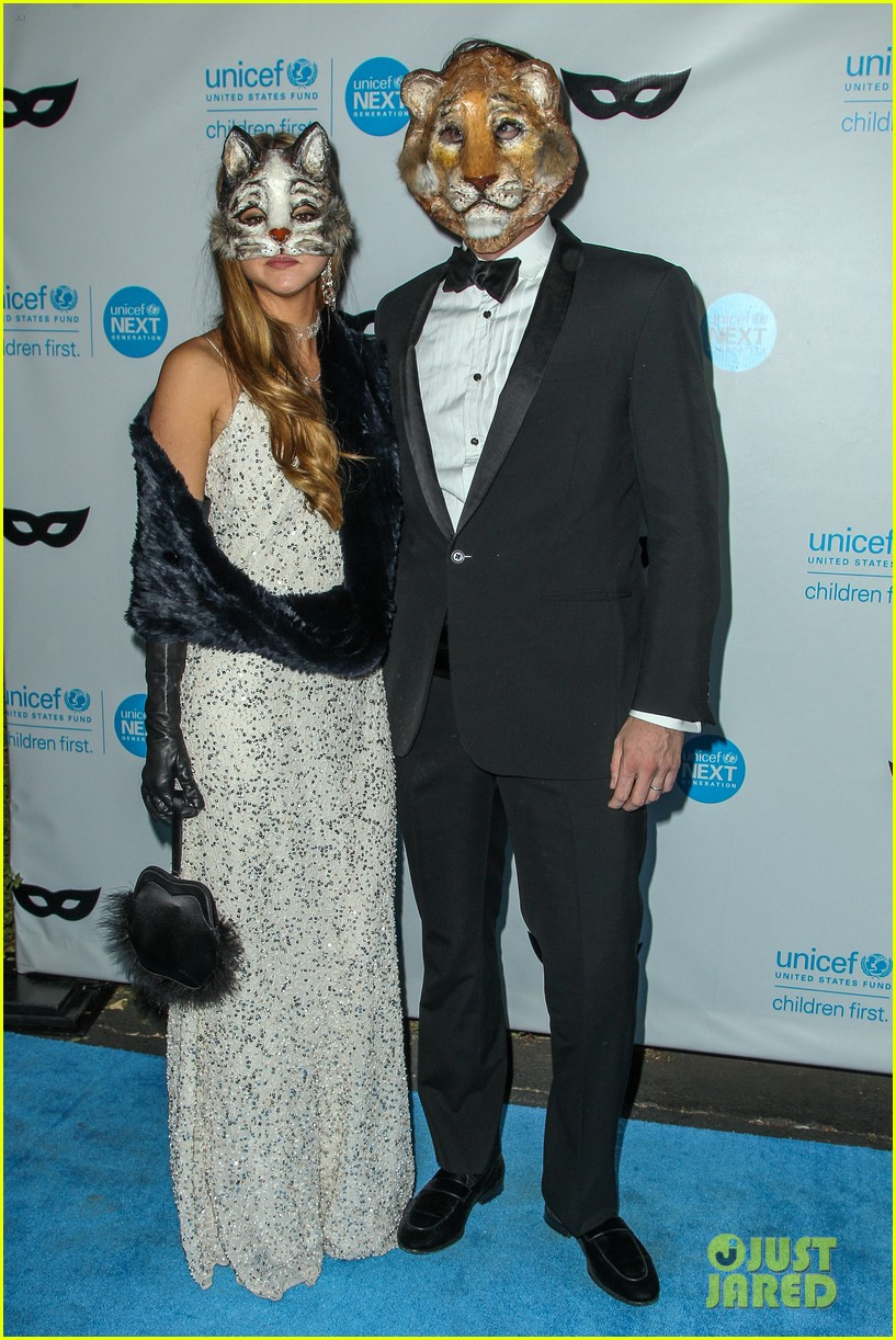 brittany snow annalynne mccord more unicef black white ball 103496648