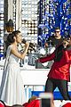 ariana grande seal jason derulo more disney christmas parade 04