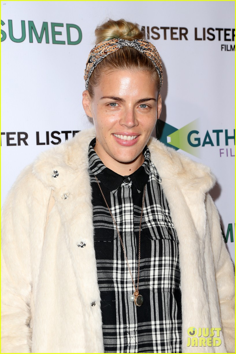 busy philipps grace gummer more support zoe lister jones at consumed 033506642