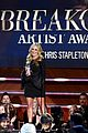 blake shelton wins big at cma artist awards 09