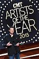 blake shelton wins big at cma artist awards 14